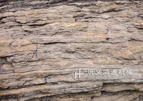 河南页岩粉碎机设备生产厂家提供页岩粉碎机价格,原理,型号大全